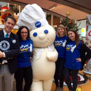 Declaring the first ever National Cookie Decorating Day, Ketchum helped Pillsbury celebrate in record breaking fashion. With a fun-filled holiday event at the Mall of America, mall goers helped Pillsbury set a Guinness World Record title for the 'Most cookies iced in 1 hour' icing 1,169 cookies.