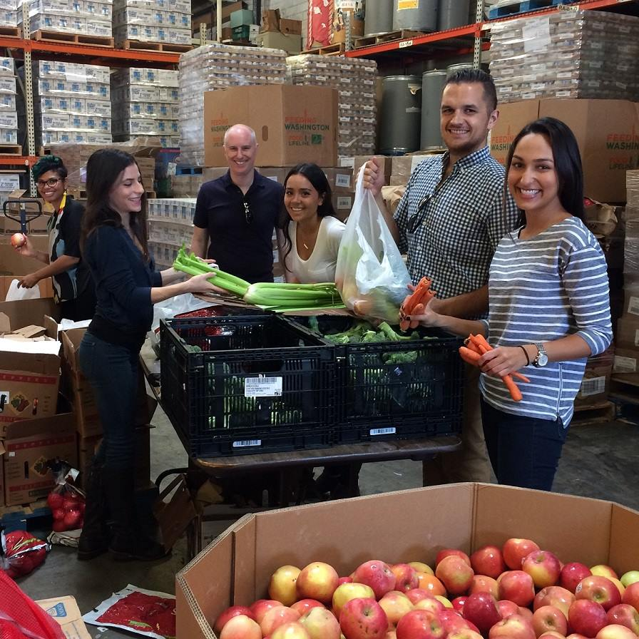 Our Los Angeles colleagues packaged 100 bags of food for veterans and prepared 260+ lbs. of rice & beans for local families at the Westside Food Bank.