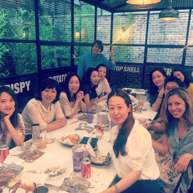 Janelle Rasey from our San Francisco office enjoyed a meal out with colleagues during her visit to our Seoul, South Korea office as part of our Global Scholar program.