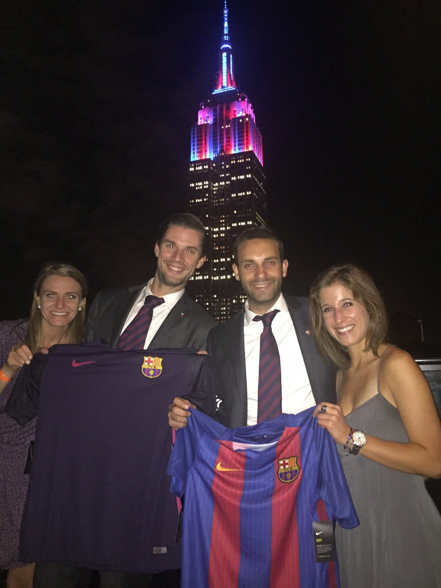 KSE colleagues celebrated the lighting of the Empire State building on behalf of FC Barcelona.